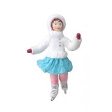 """Коробка с ватной игрушкой малой  """"Девочка на коньках"""""""